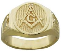 MASTER MASON MASONIC RING IN 14K yellow gold.