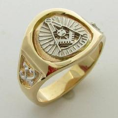 14K YELLOW GOLD 32ND DEGREE MASONIC PASTER MASTER RING WITH 14K WHITE GOLD PAST MASTER EMBLEM AND SHRINE CRESCENT WITH SCIMITAR